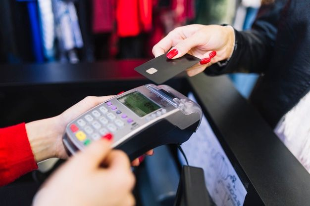 Pagamento com cartão deve atingir 50% do consumo em 2021