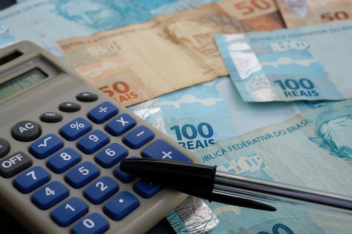 Governo do Estado iniciou o pagamento do Auxílio Emergencial Mineiro nesta quinta-feira (14/10)
